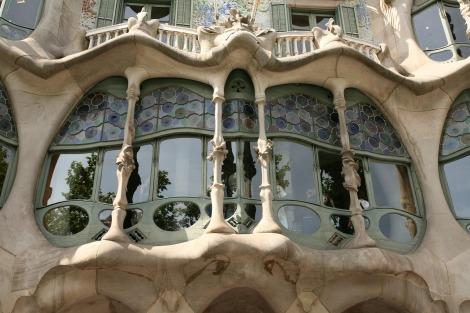 Gaudi, Casa Ballo, organic architecture